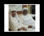 Sony Abu Hussein At-Thuwalibi Al-Wahabi yang keras dan kasar perangainya, bejat akhlaknya. Dia sedang duduk bersama seorang oknum Habib yang selalu dimanfaatkan oleh Wahabi untuk menyerang faham kelompok di luar golongan Wahabi.