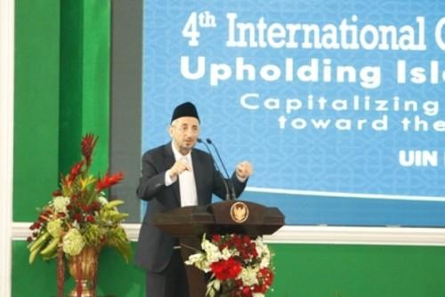 dr-taufiq-ramadhan-al-buthi-berbicara-dalam-konferensi-ke-4-icis-_151207115755-392