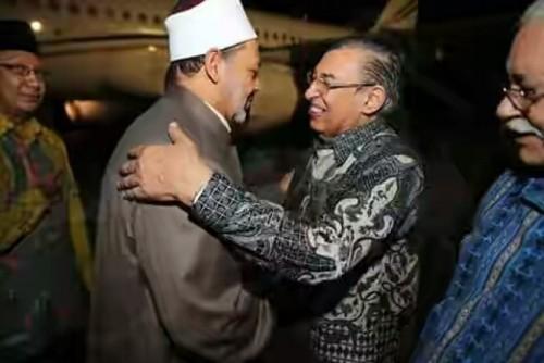 grand-syekh-al-azhar-ahmad-at-thayyib-disambut-oleh-menteri-agama-_160222051647-188